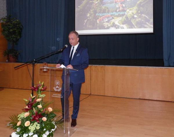Virtuális polgármesteri köszöntő a város napján